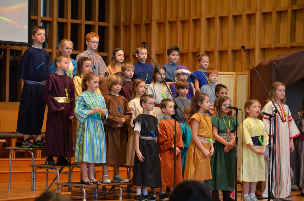 Wesley Singers - March 2014 - Play (25)